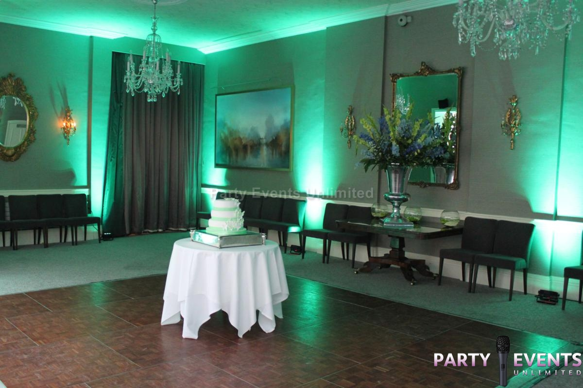 Let mood lighting transform your room party events for Mood lighting ideas living room